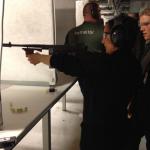 I bland kan hon bli våldsam.. Här lär hon sig skjuta!