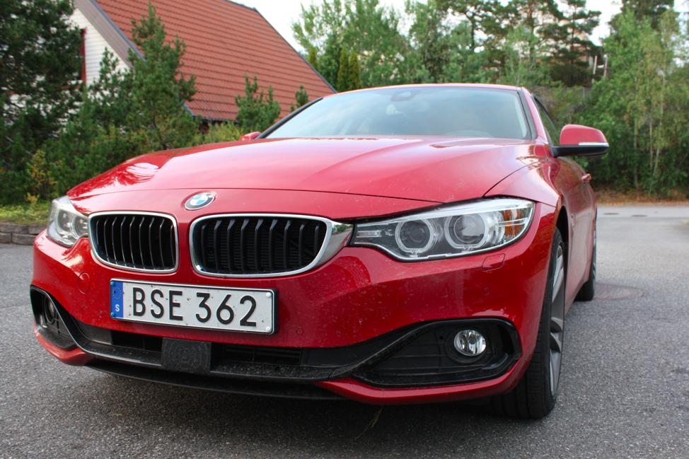 BMW visar vart skåpet ska stå..