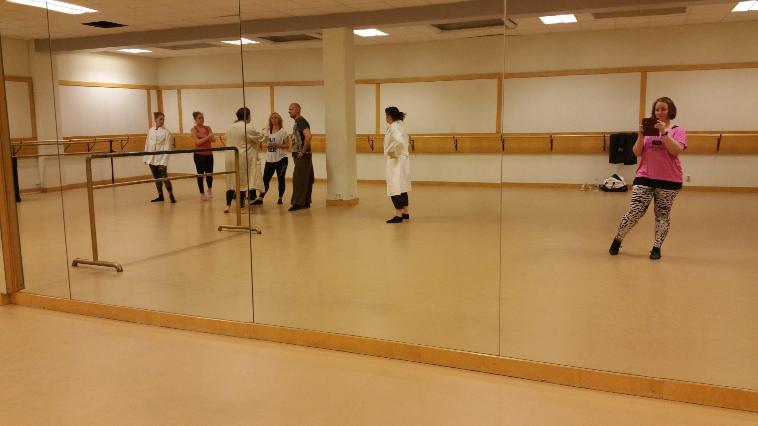 Höst = Dans