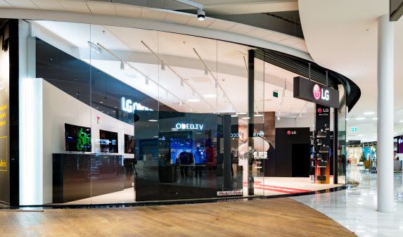 LG i Mall of Scandinavia