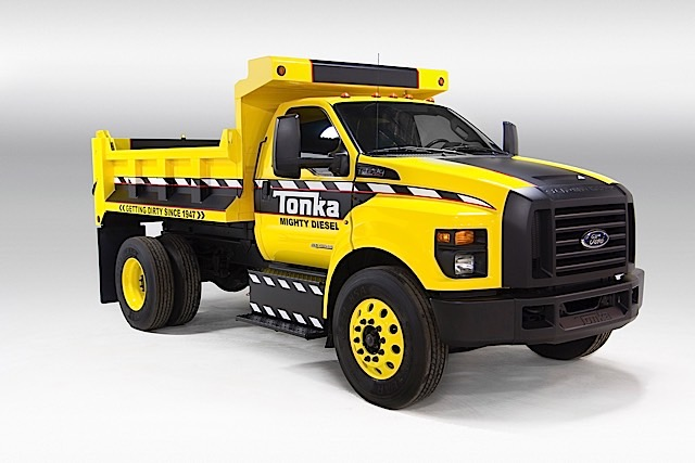 Mighty Ford F-750