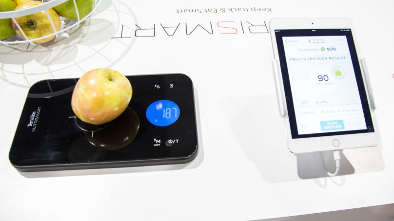 Nutrismart kitchen scale från Terraillon på CES