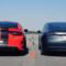 Dodge Charger SRT Hellcat mot Tesla Model 3 Performance