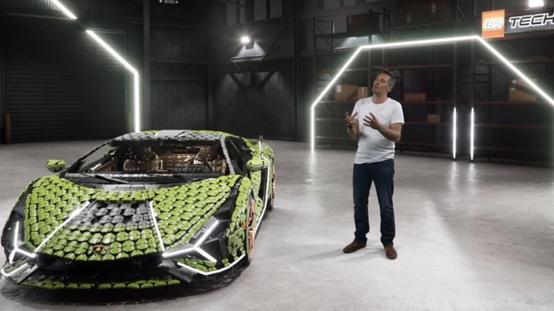 Lamborghini Sián FKP 37 i naturlig storlek byggd av över 400 000 LEGO® Technic delar