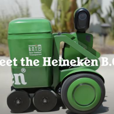 Ölroboten från Heineken, drar runt på 12 öl åt dig.